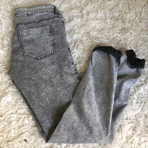 Graywash Jeggings